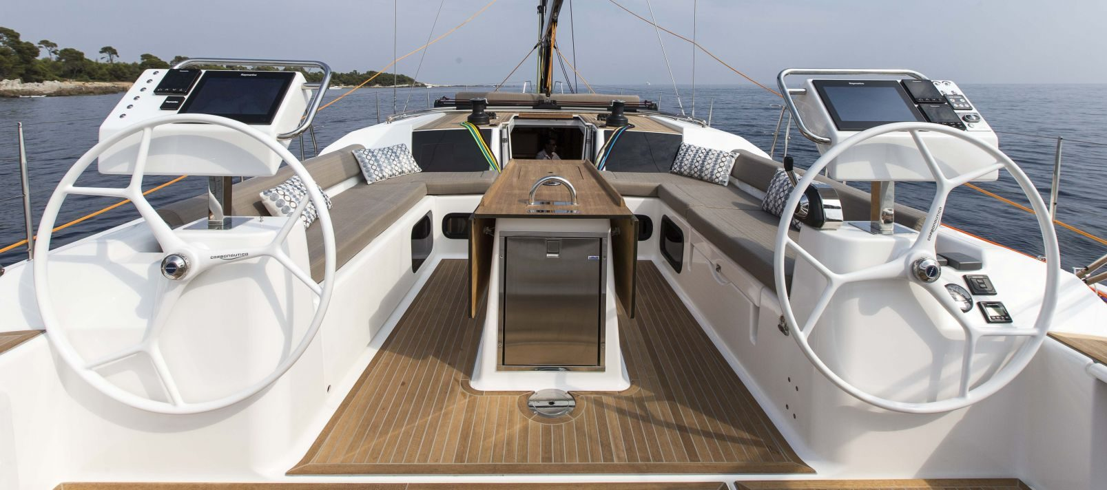 Dufour 56 dual helm