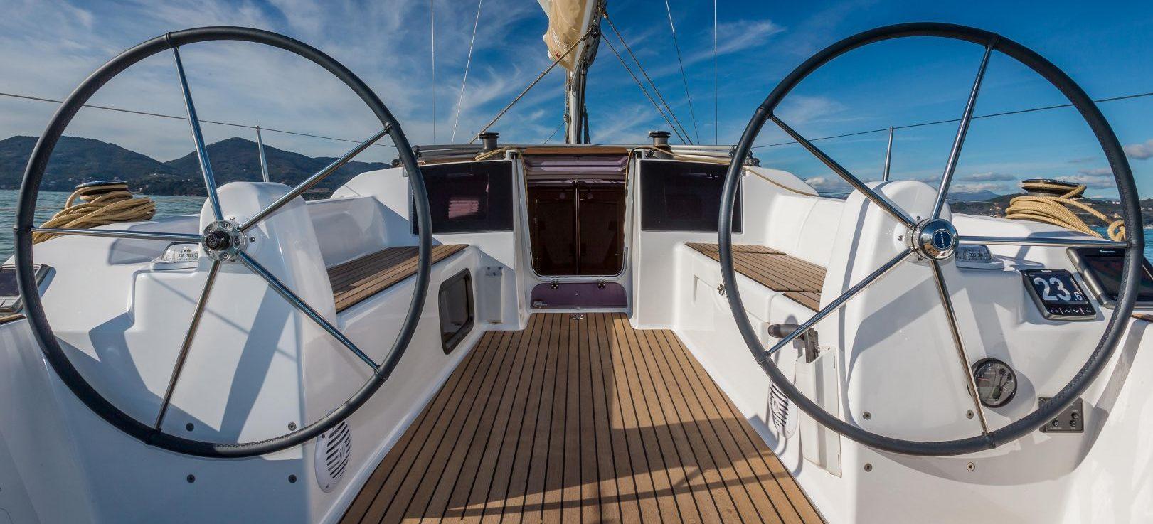 dual sailing helm